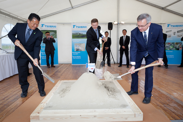 groundbreaking-ceremony-spatule-600px.png